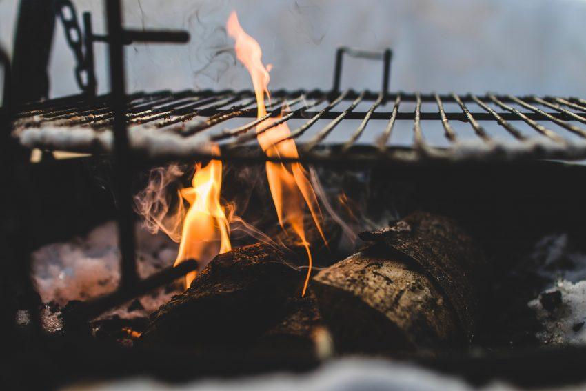 Billig Gasgrill Med 4 Brændere : Weber grill test de bedste weber grill på markedet 2019