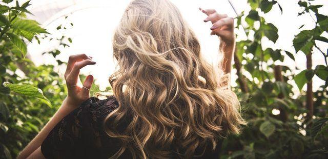 Hårkur test (2019) - De 7 bedste hårkure til tørt og slidt hår! f6e9db05e9b8a